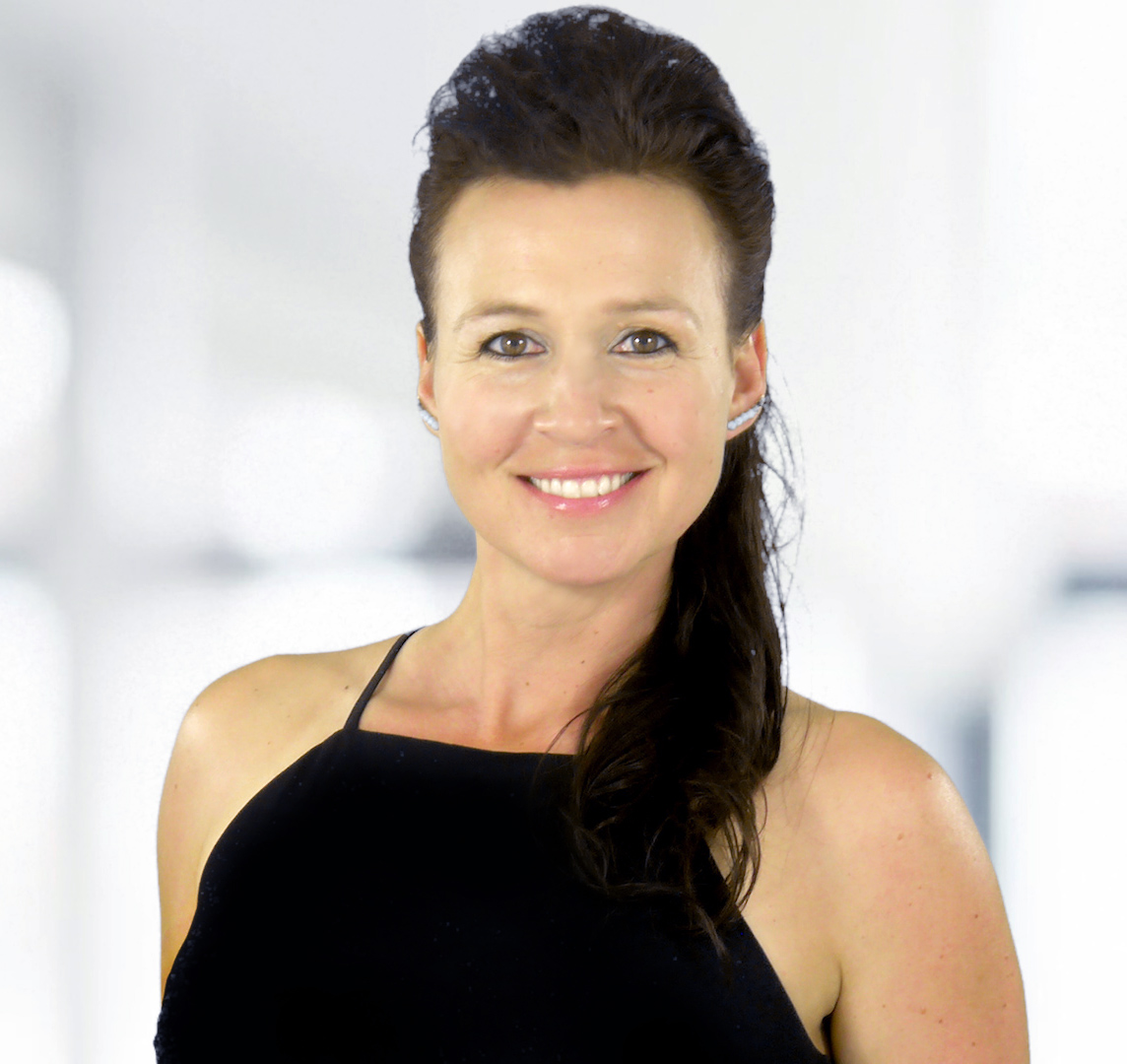 Dr. Jen Faber Headshot 2020